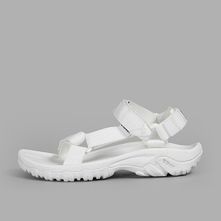 [국내칼배송][TEVA] 테바 W HURRICANE XLT X BEAUTY & YOUTH 1010928-WHT