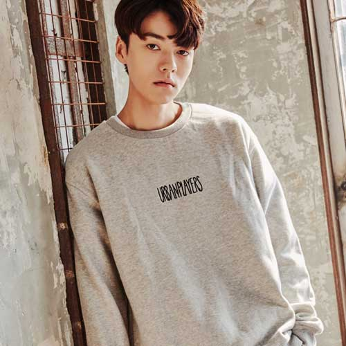 [어반플레이어스]HANDWRITING LOGO SWEATSHIRTS (GRAY)