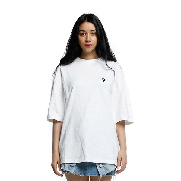 V MARK T-SHIRT WHITE