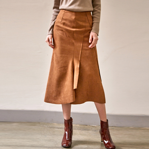 SUEDE UNBALANCE CUTTING SKIRTS_BROWN