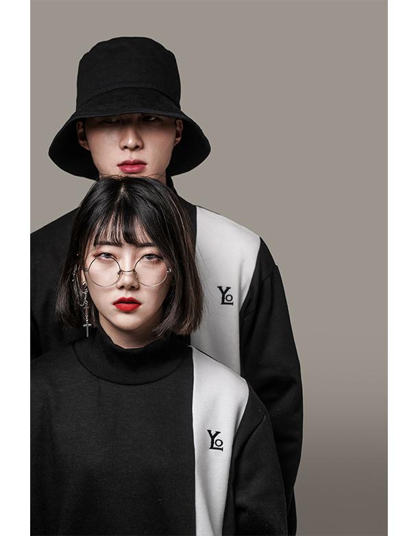 [YOLO KOREA] 시그니처로고 목폴라티 [블랙]