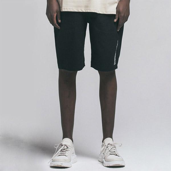 BIG LABLE SHORT PANTS BLACK