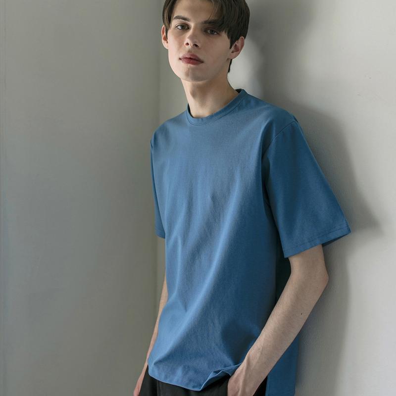 에센셜 세미 오버핏 티셔츠 [BOYBLUE]