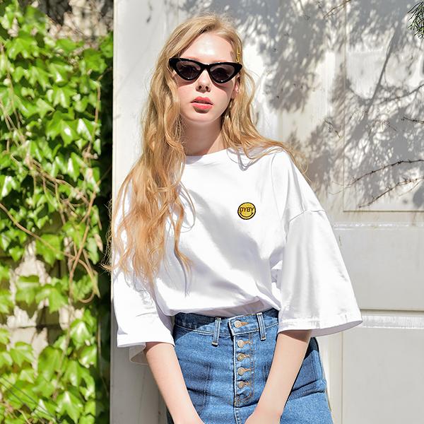 [남녀공용]스마일패치 티셔츠 화이트