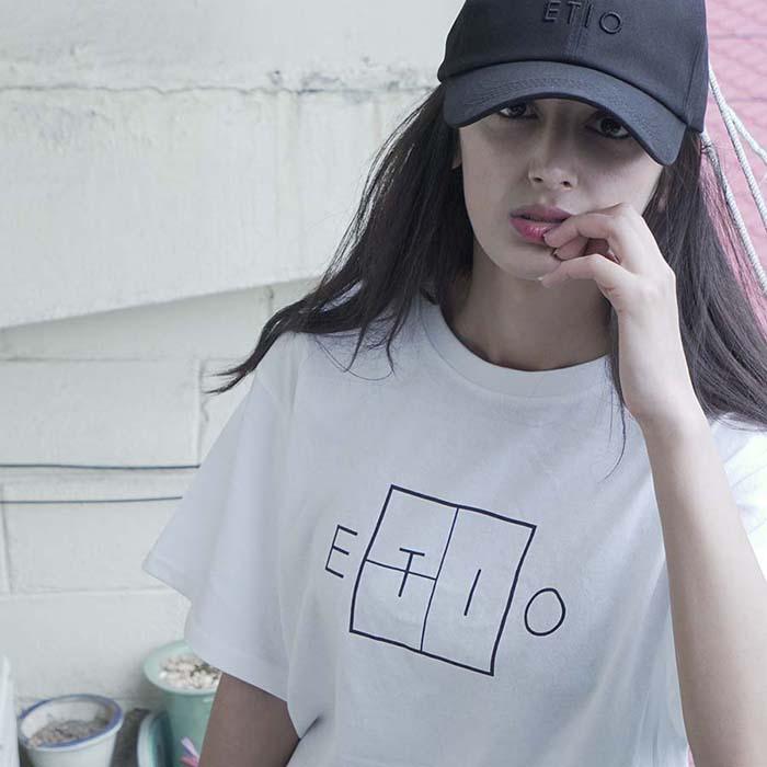 화이트 에티오 로고 티셔츠