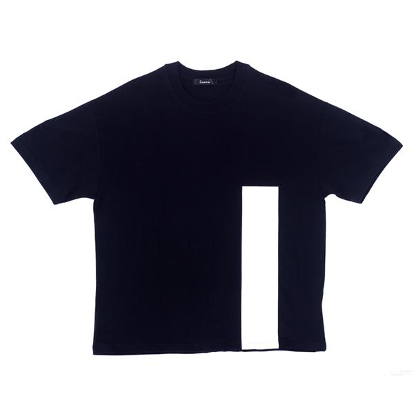 루우 라인 블랙 티셔츠