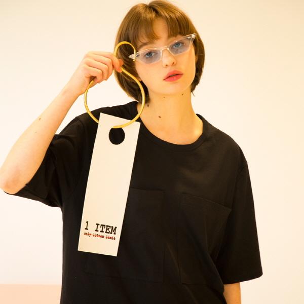 유니섹스 오버핏 더블 포켓 티셔츠 [검정]