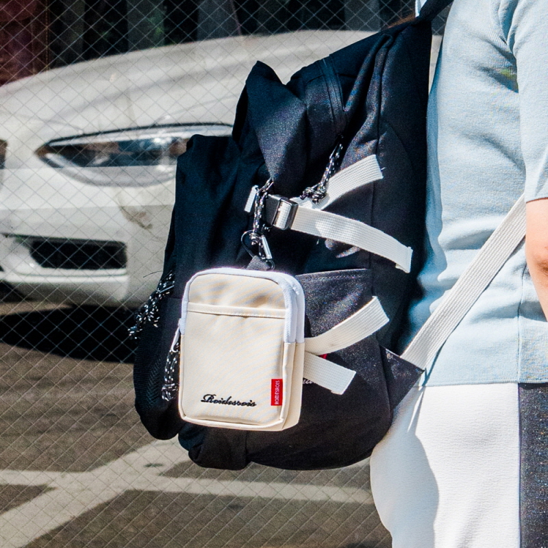 SUB 2WAY POUCH BAG (IVORY)