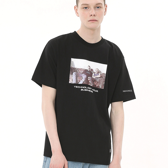 MARK ROUND T-SHIRT / BLACK