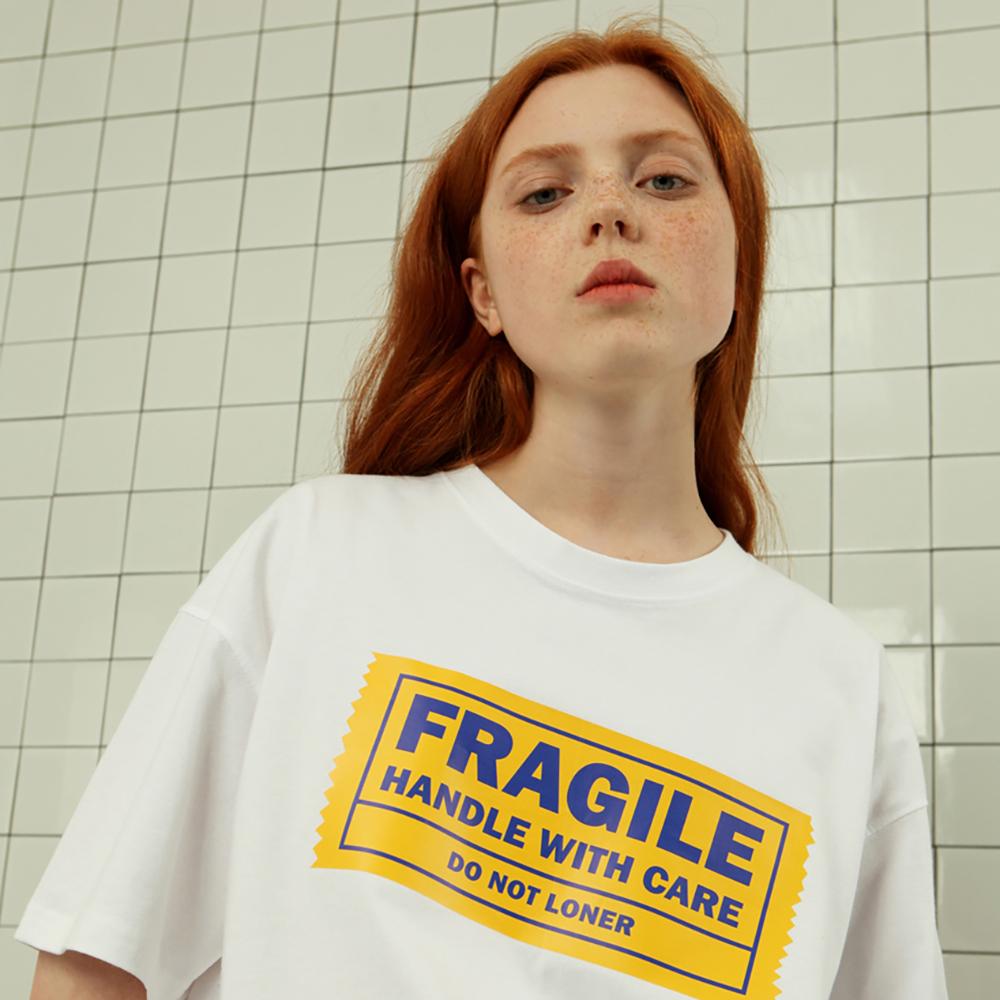 [로너] Yellow tape tshirt-white