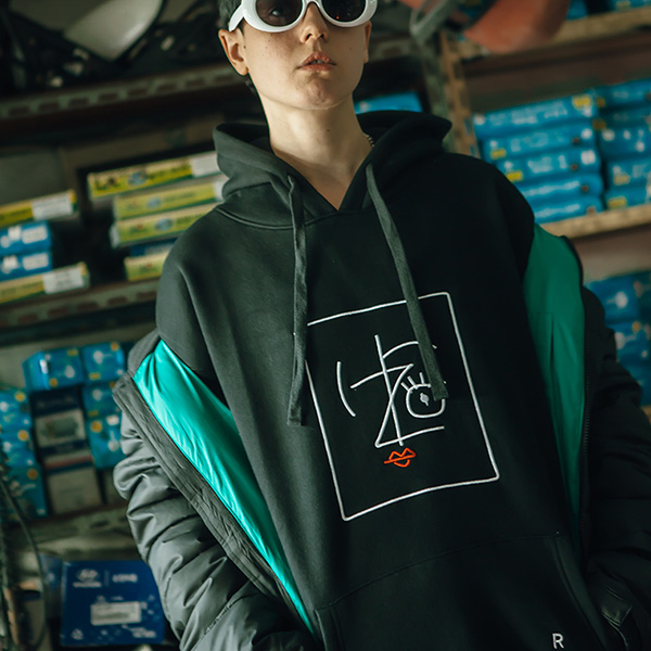 IZRO PENCIL HOODY - BLACK