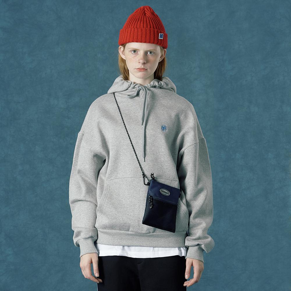 [앤커버] Reflector logo cross bag-navy