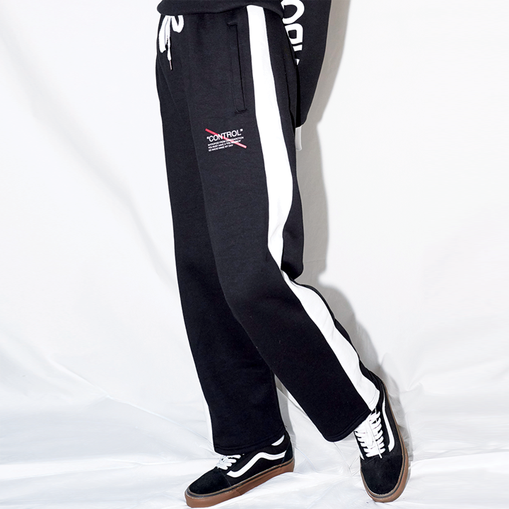 LINE SWEAT PANTS (BLACK)