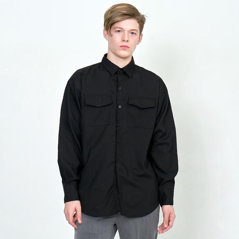 [UNISEX] 오버핏 더블 포켓 베이직 레옹아트워크 셔츠 검정