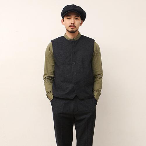 Wool Vest -Charcoal-