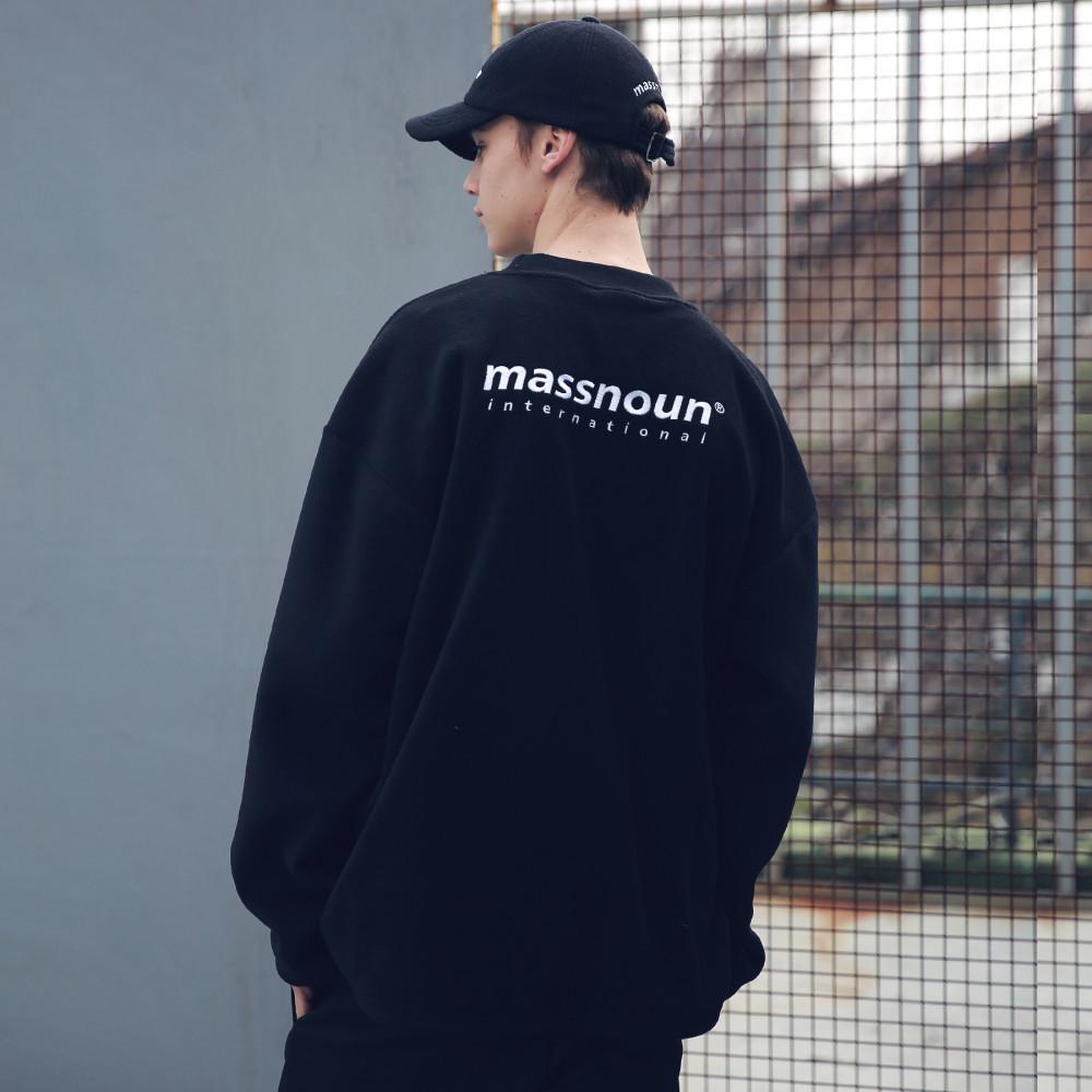 [패밀리세일]매스노운 후리스 SL INT 로고 스트링 맨투맨 MFECR004-BK
