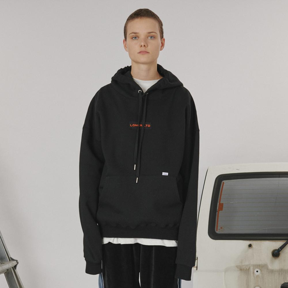 [로너] Patch logo hoodie -black