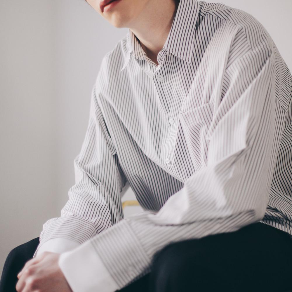 오버 핏 스트라이프 셔츠 슬리브 레이어드 (2color)