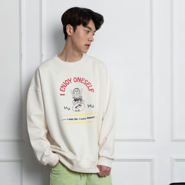 HU~HU SWEAT SHIRT 크림