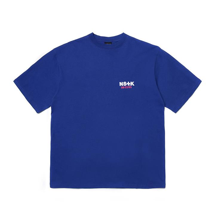[NK]NSTK VERTICAL ESENTL TEE BLUE (NK19S012H)