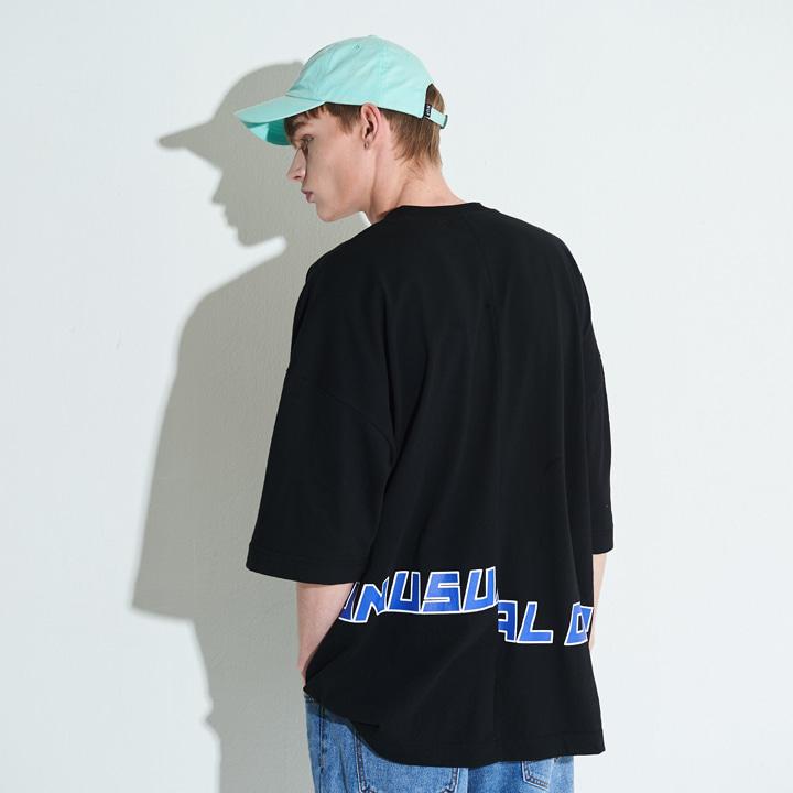 XTT001 아니마 오버사이즈 절개 티셔츠 (BLACK)