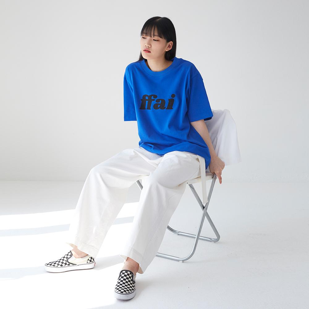 빅 로고 티셔츠 블루