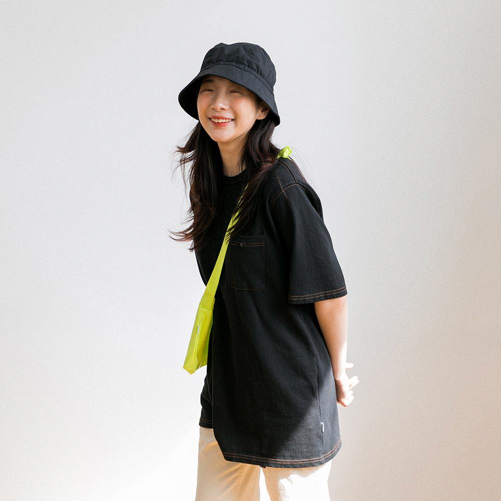 아이스티 스티치 반팔 티셔츠 (BLACK)