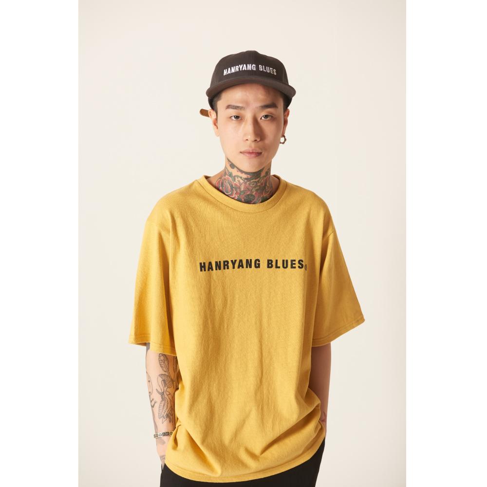 틀영(TLEYOUNG) 19ss 베이직 로고 하프 티 (Yellow)