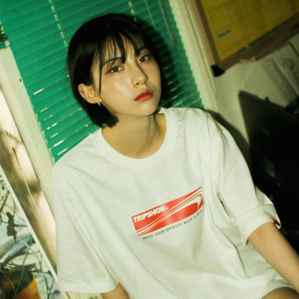 [단독할인]레드 박스 로고 티셔츠 - 5 컬러