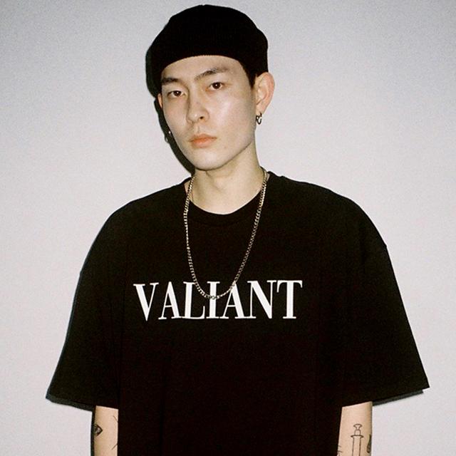 발리안트 컬러브릭 티셔츠 [black]