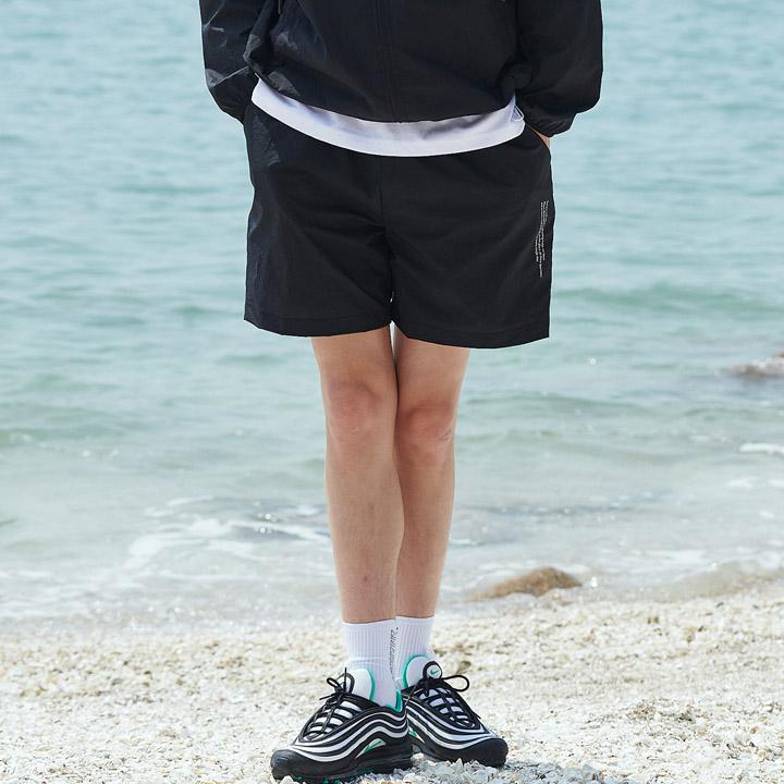UNISEX MONO SHORT PANTS BLACK