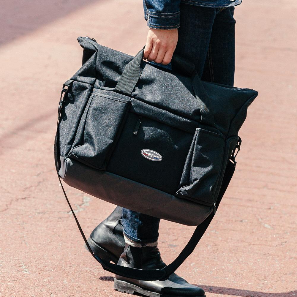R RUBBER LABEL BOSTON BAG (BLACK)