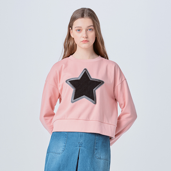 BACK SLIT STAR LOGO SWEATSHIRT