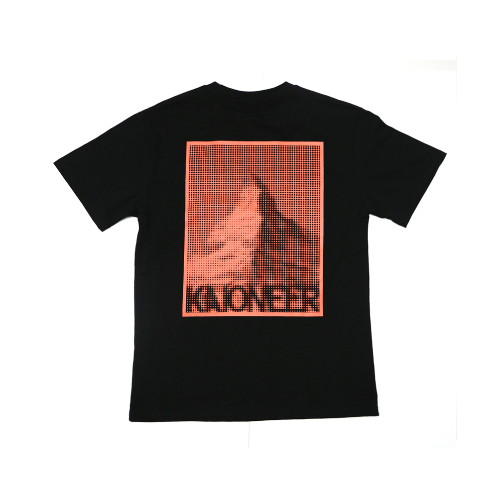 마테호른 도트 반팔 티셔츠(블랙)