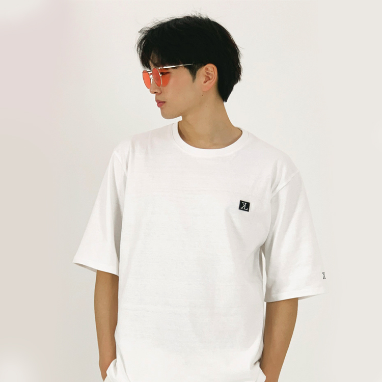 S/S MEN LOGO SIGNATURE TEE (WHITE)