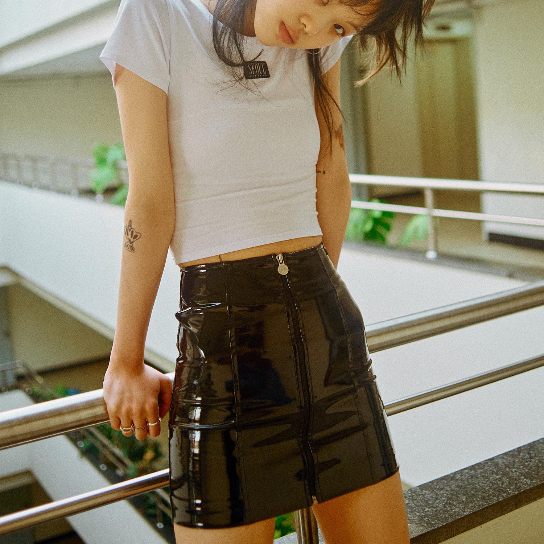 [서울어패럴]SEOUL Apparel Enamel Skirts (Black)