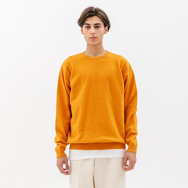 에센셜 크루넥 니트 오렌지
