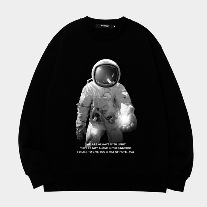 [마스크증정][크루비 단독]SPACE LINE 블랙 no.5 맨투맨 (챔피온 코튼)