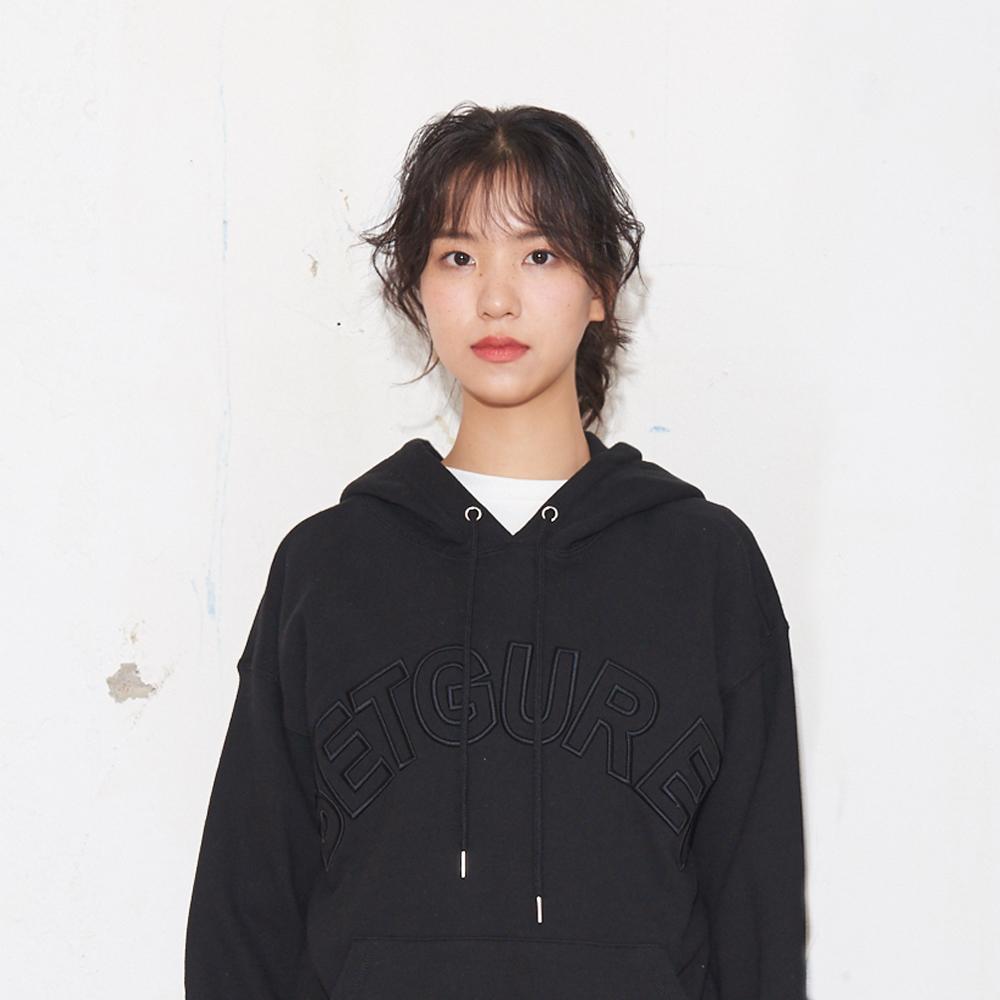 레터링 엠보자수 후드 맨투맨_블랙 S/M/L