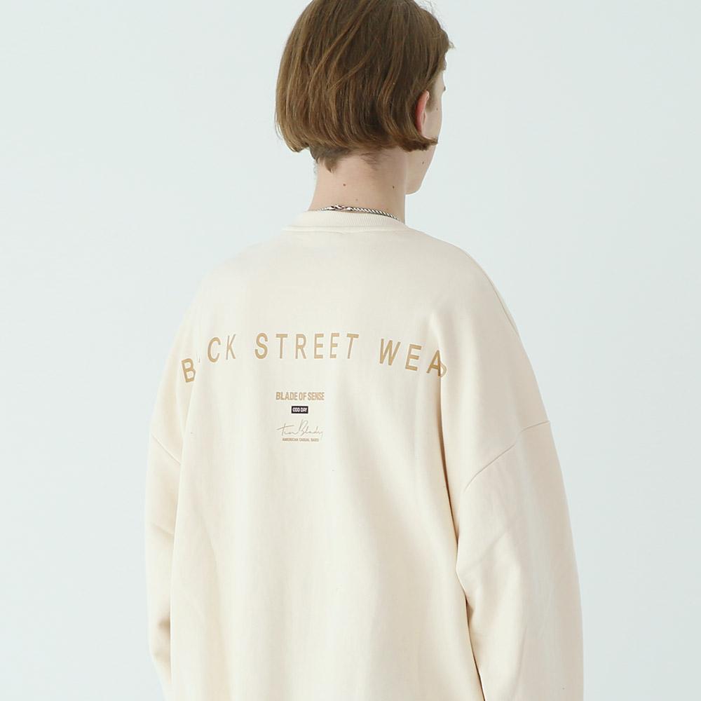 [단독상품]커시브로고 스웨트 셔츠 크림