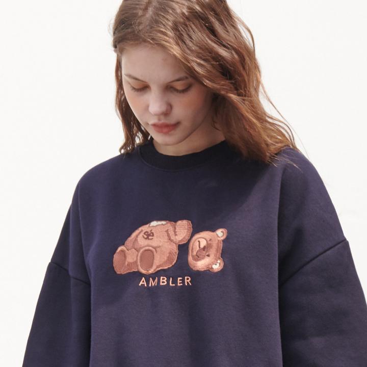[엠블러]AMBLER 20FW 신상 자수 오버핏 맨투맨 티셔츠 AMM718-네이비 기모