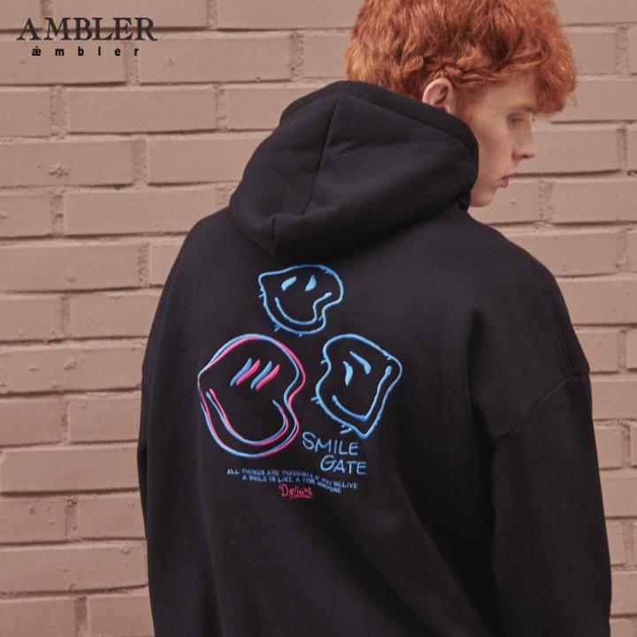 [엠블러]AMBLER 신상 자수 오버핏 후드티 AHP608-블랙 기모