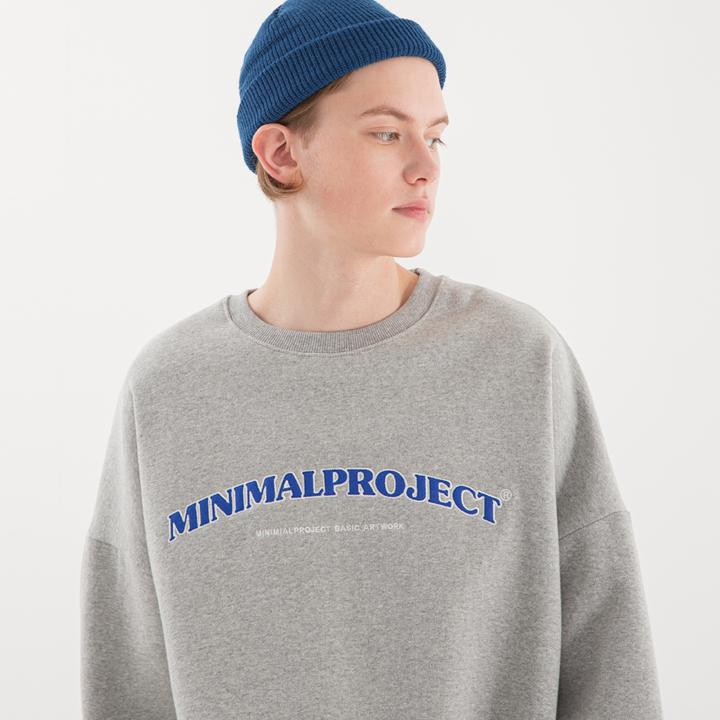 [minimal project] 미니멀프로젝트 아치 자수 오버핏 맨투맨 MMT104 [MELANGE]