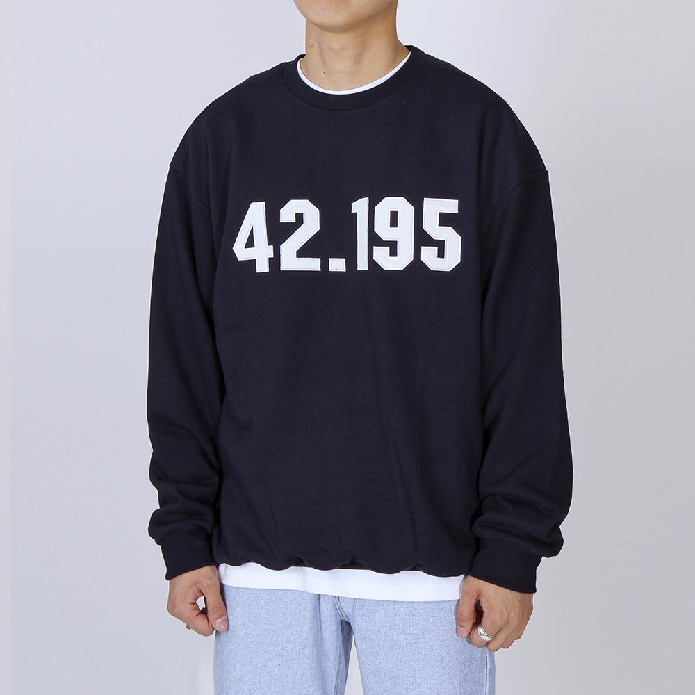 42.195 스웨트셔츠 (네이비)