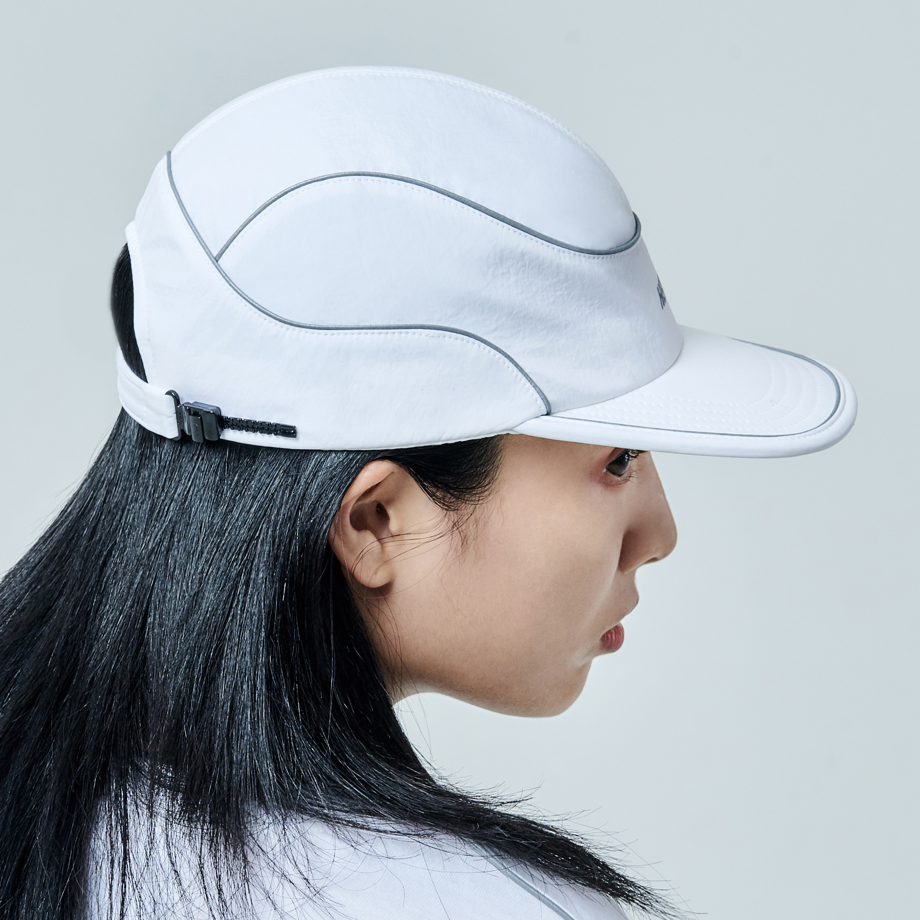 H59 ROUNDED CAP WITH 3M PIPPIMG - WHITE 라운디드 볼캡 모자