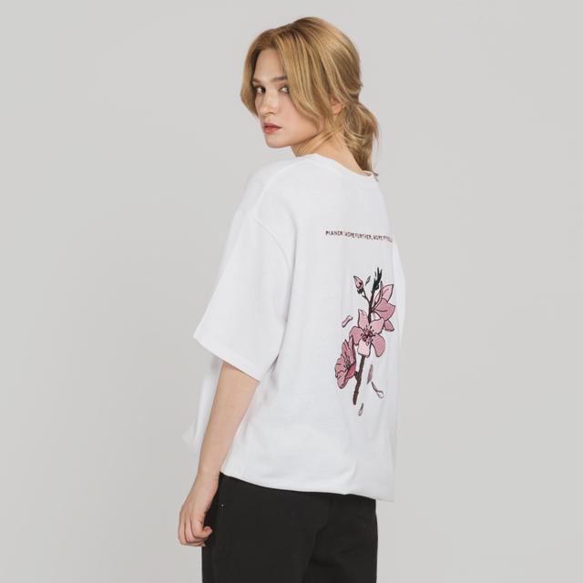 벚꽃 자수 티셔츠(WH)