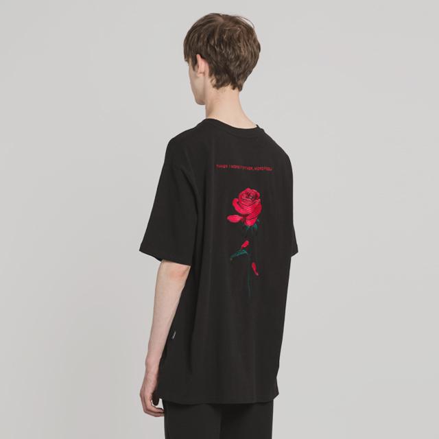 장미 자수 티셔츠(BK)