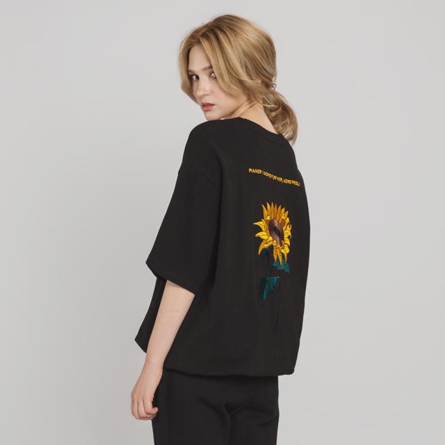 해바라기 자수 티셔츠(BK)