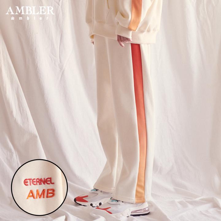 [엠블러]AMBLER 신상 기모 자수 트레이닝 팬츠 AP303-아이보리 기모