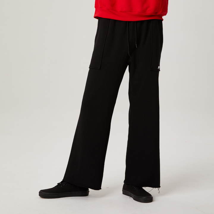 BNCF BOTTOM LINE CUTTING SWEATPANTS (BLACK)